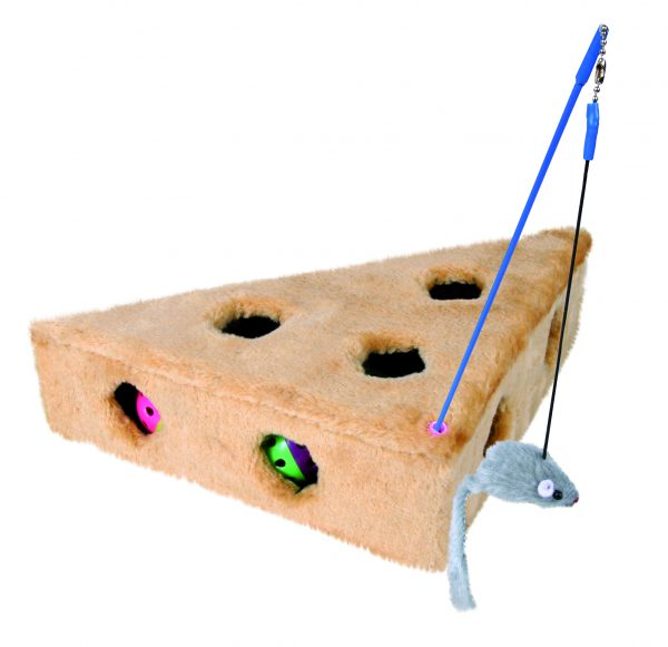 TRIXIE CATS CHEESE WITH PLAYING ROD AND 3 TOY BALLS